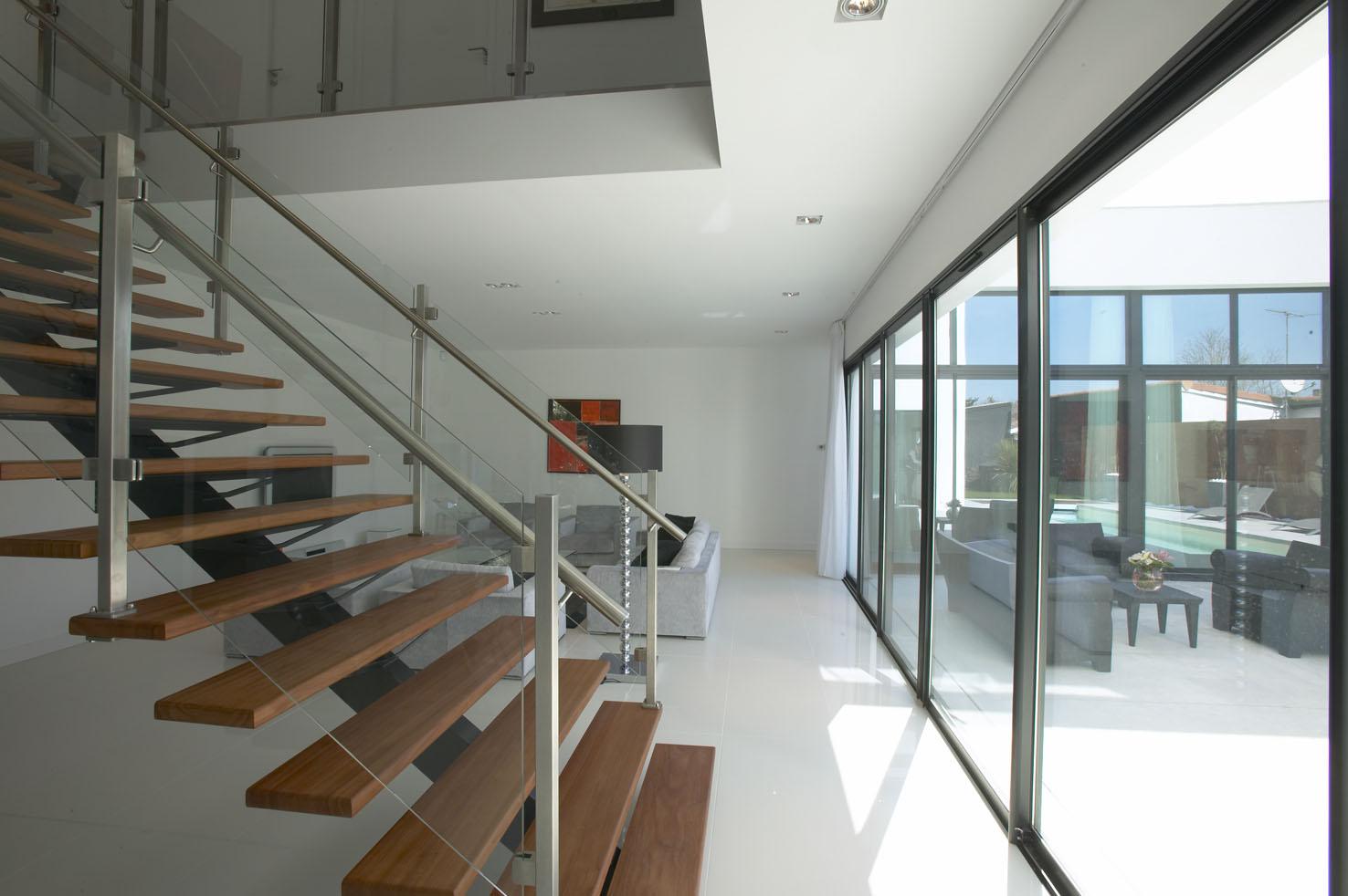 Maison contemporaine pessac pascal rigaud architecte for Definition architecte dplg