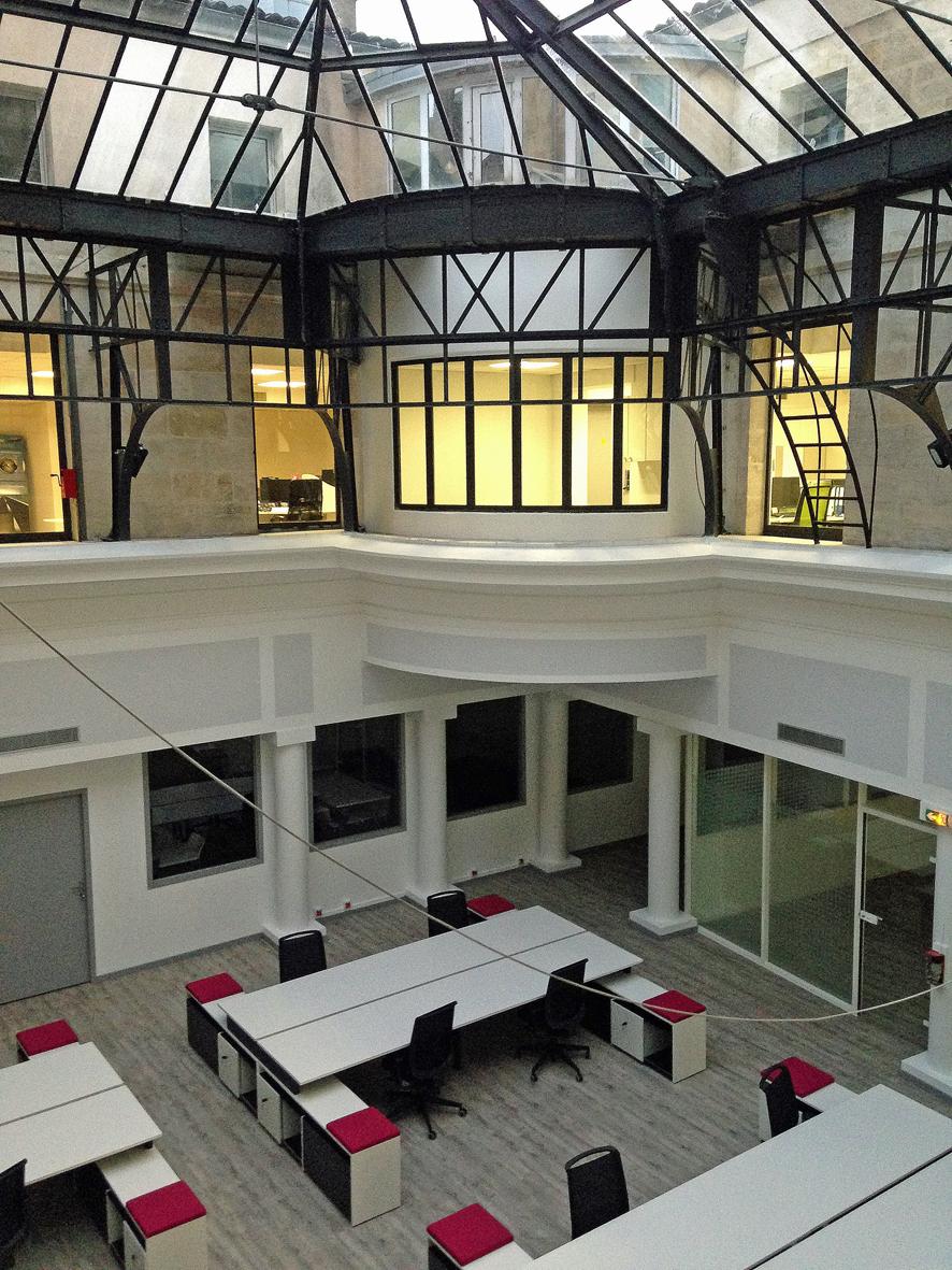am nagement de bureaux bordeaux centre ville pascal rigaud architecte dplgpascal rigaud. Black Bedroom Furniture Sets. Home Design Ideas